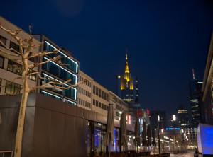 Zeil Frankfurt am Main bei Nacht Innenstadt